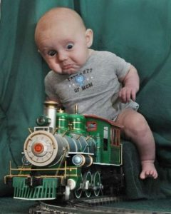 Funny-Kid-On-Train-Picture